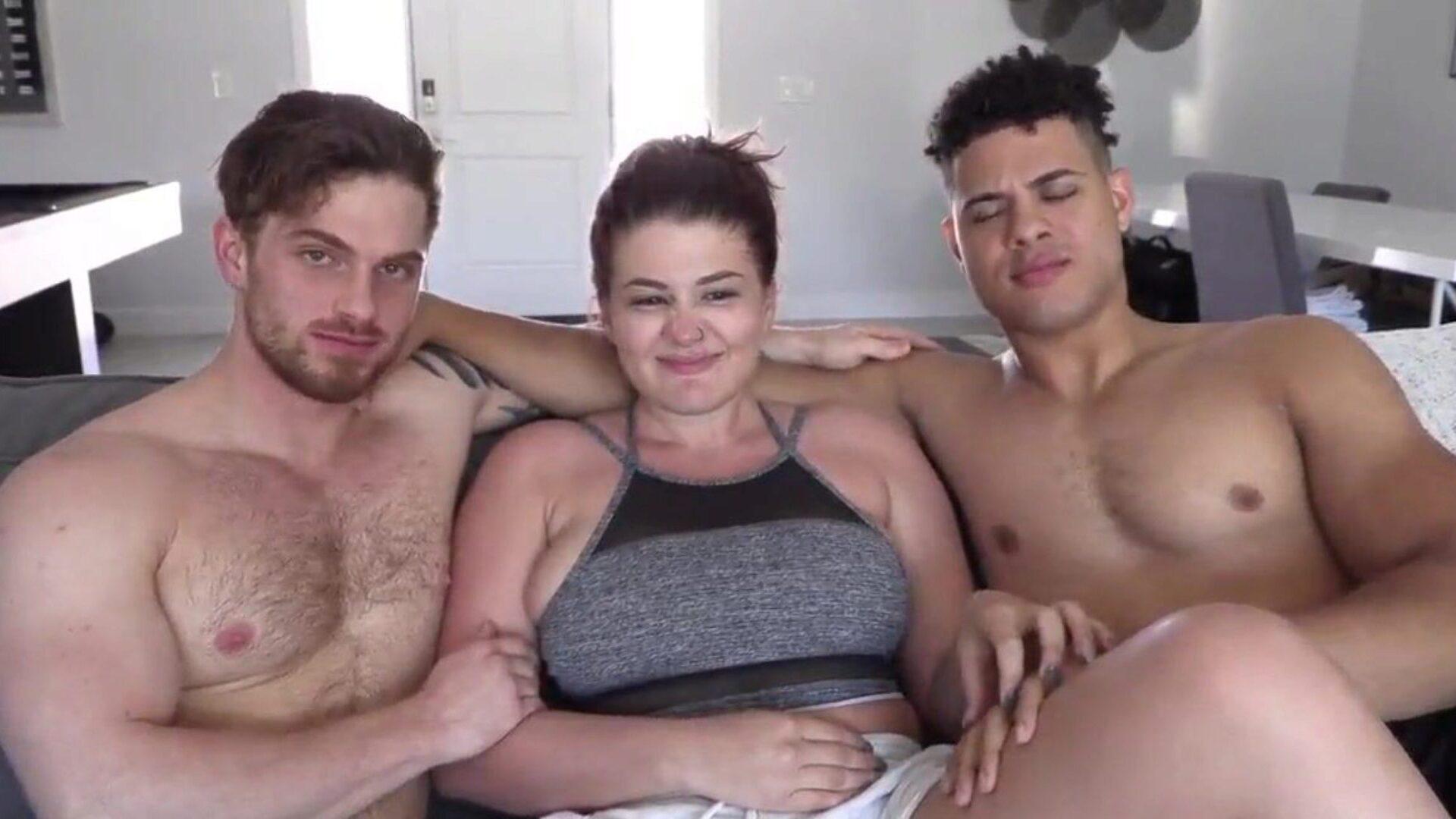 Порно Видео Втроем Бисексуалы