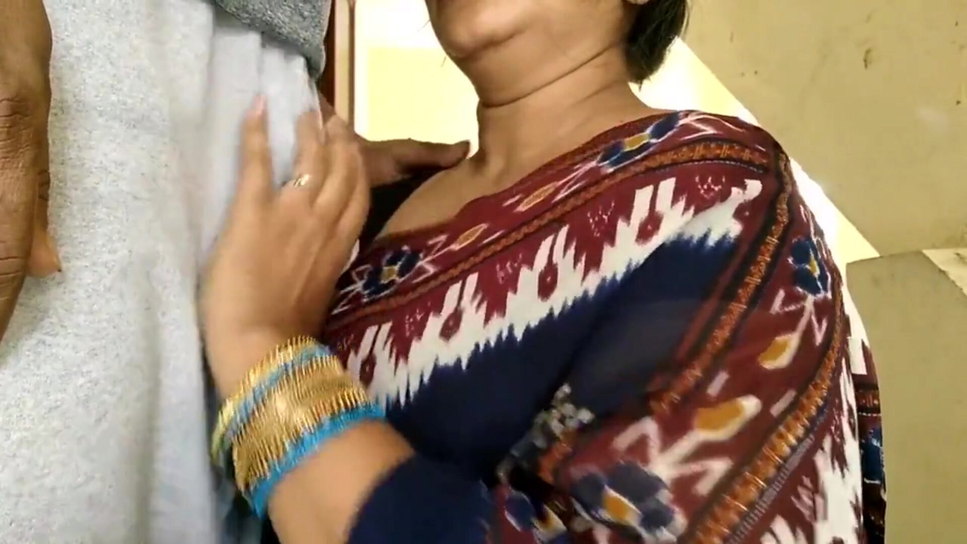 Indian Mom providing fellatio
