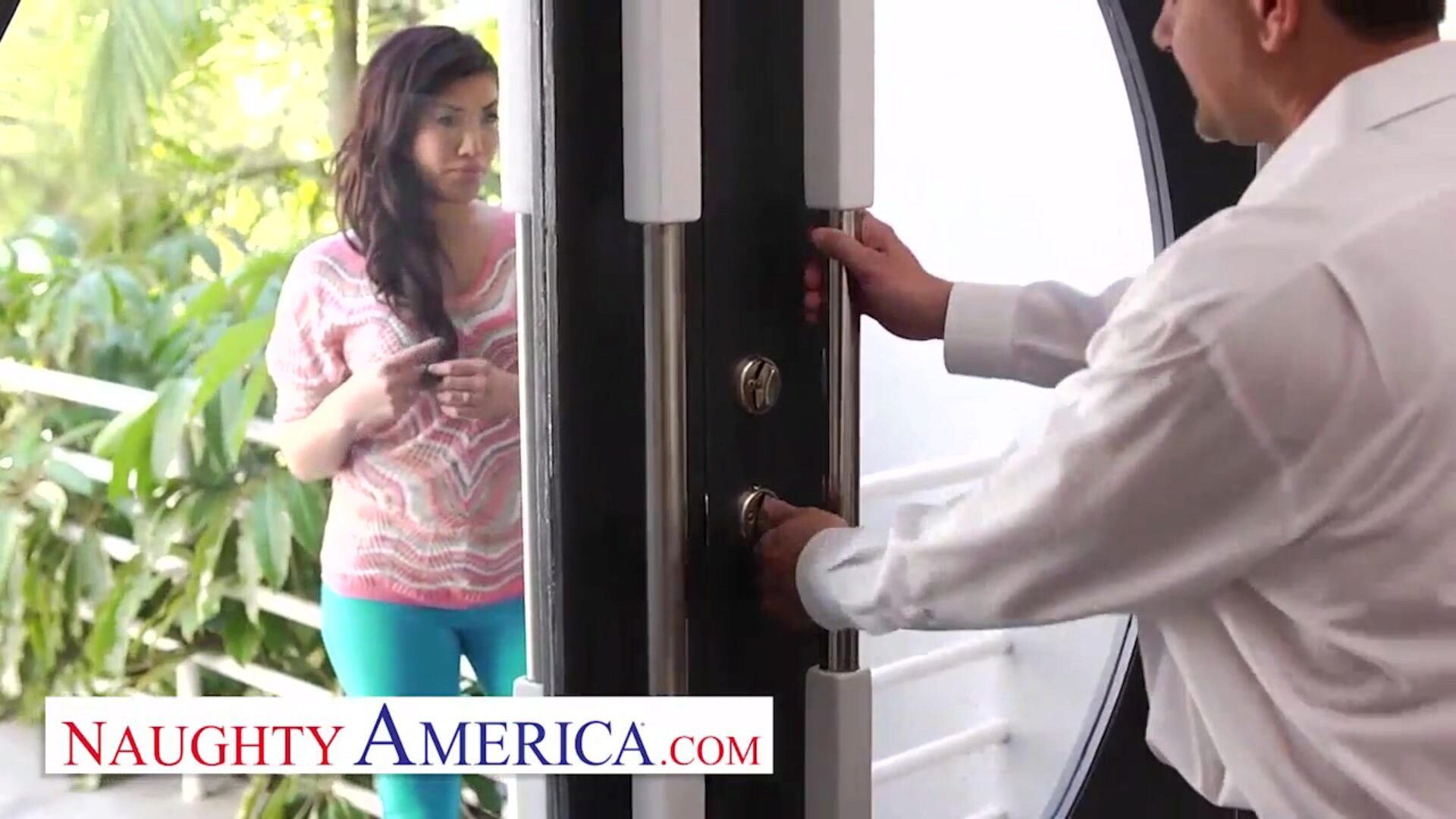 Naughty America London Keyes visits her sugardaddy for his pleasure
