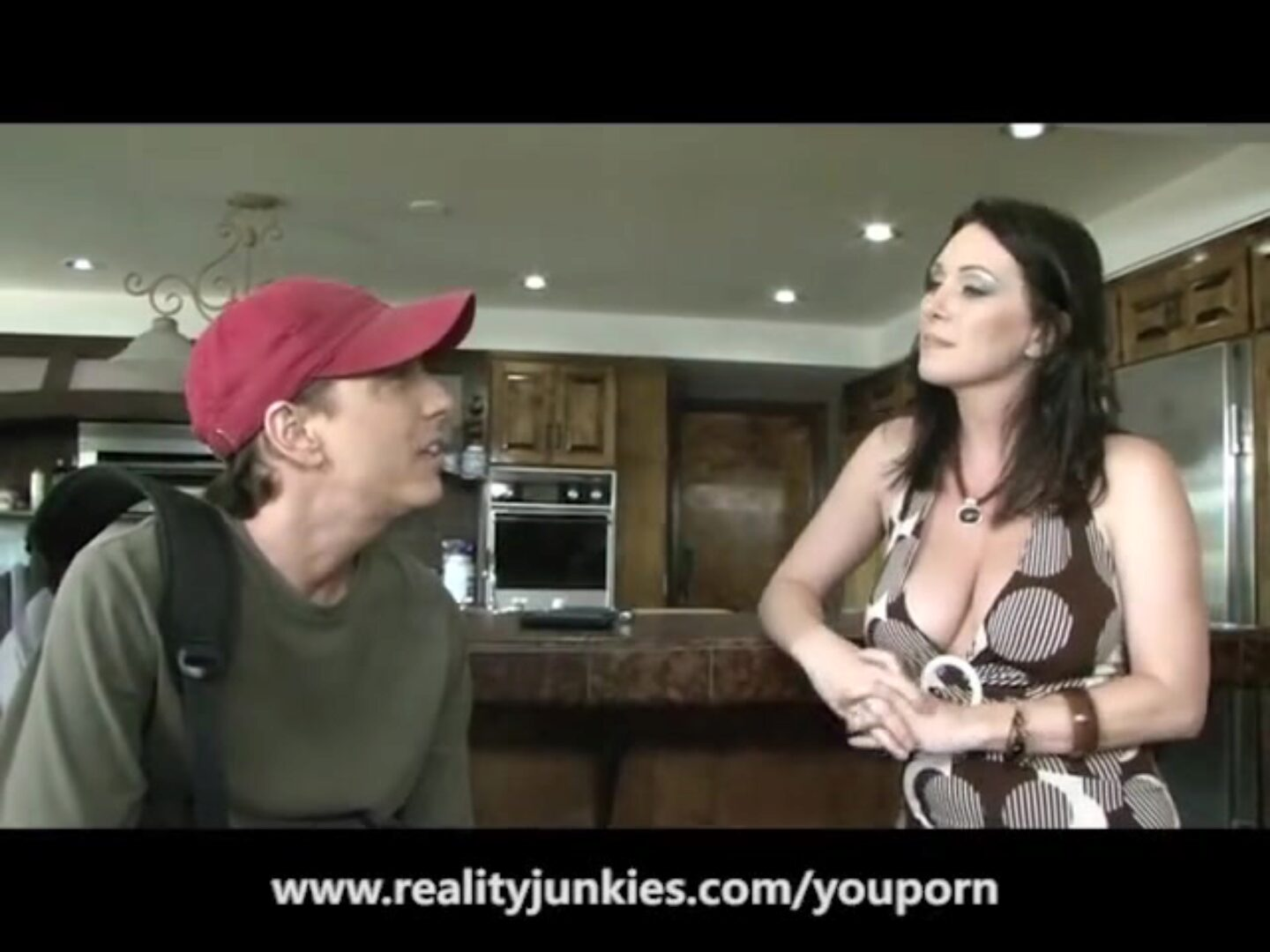 Mom and Dad Get a Good Creampie Tommy Gunn and RayVeness plow stiff