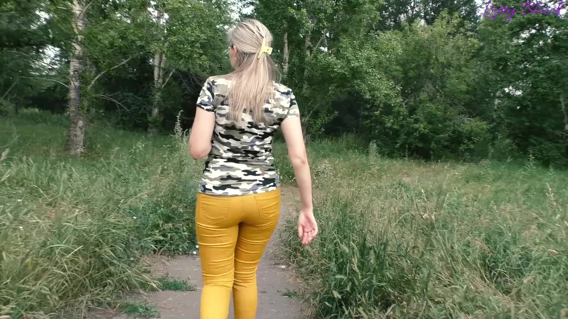Quickie Fuck with Stranger in Park - Outdoor Cum in Mouth