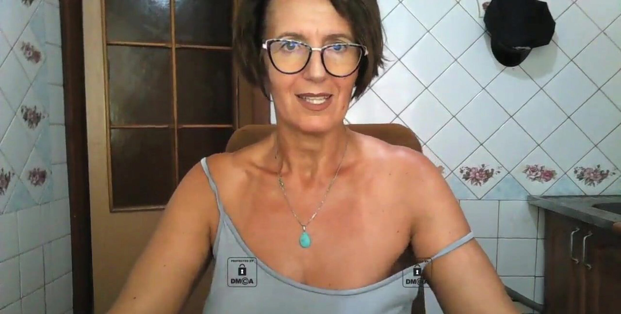 Lukerya web Lonely housewife streams her hot elderly bod on camera, displays concupiscent nipps slaps her large impressive wazoo
