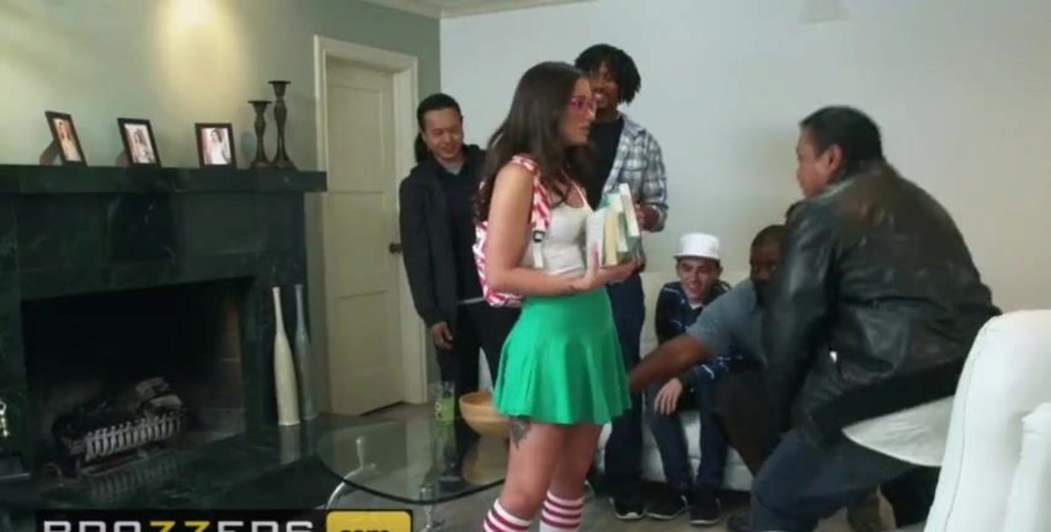 Nerdy step stepsister Gia Paige acquires screwed by stepbrother in front - Brazzers